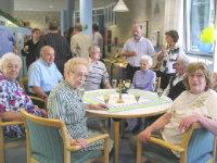 Gemeinsamkeit im Altenhilfezentrum Nordost; Quelle: Badischer Landesverein für Innere Mission